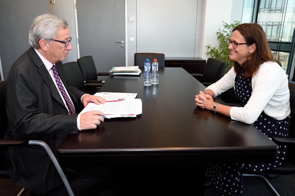 Jean-Claude Juncker en Cecilia Malmström. Foto: © European Union, 2014.