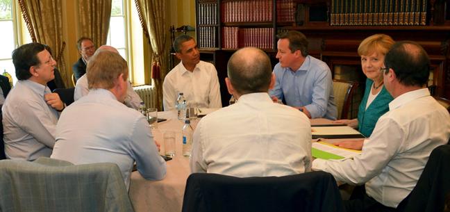 De Amerikaanse president Obama besprak met Europese regeringsleiders het vrijhandelsakkoord tijdens een G8-bijeenkomst in juni 2013. © European Union, 2013.