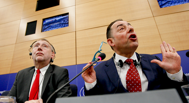 Europarlementariërs Bernd Lange en Gianni Pittella van de Progressive Alliance of Socialists and Democrats. © European Union, 2015.
